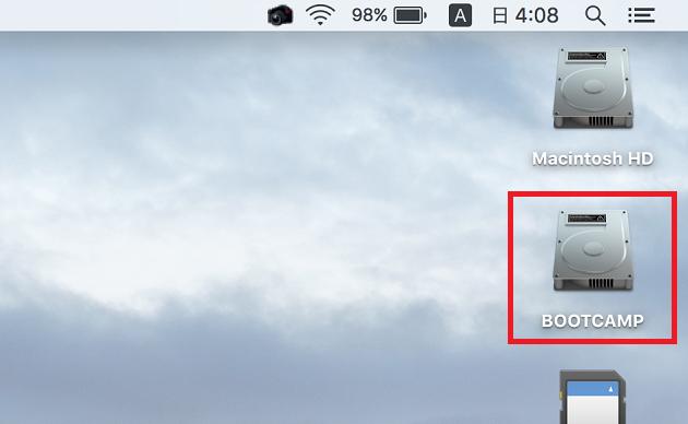 Macのデスクトップに表示されるBOOTCAMPフォルダ
