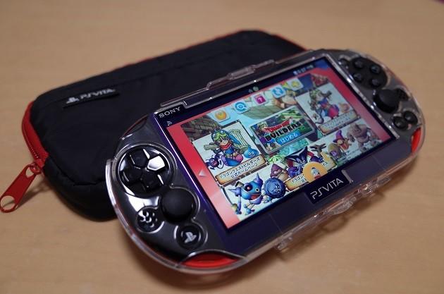 PS Vita レッド/ブラック
