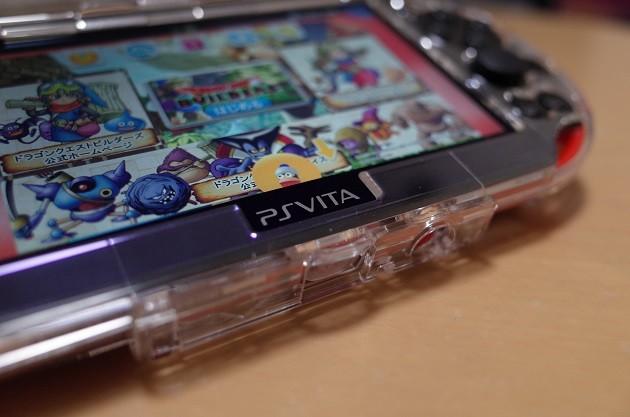 PS Vita レッド/ブラックの写真