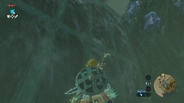 滝を見上げるリンク