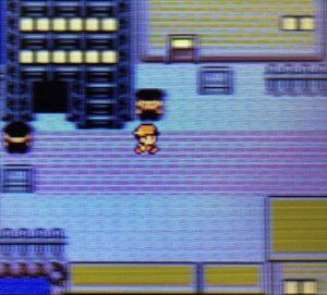 地下通路の局長救助に向かう主人公
